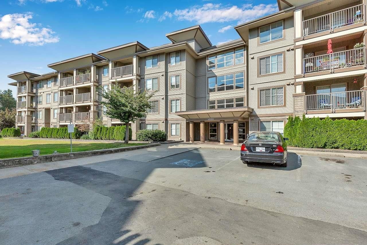 """Main Photo: 409 45559 YALE Road in Chilliwack: Chilliwack W Young-Well Condo for sale in """"THE VIBE"""" : MLS®# R2620736"""