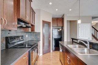 Photo 3: 1571 COPPERFIELD Boulevard SE in Calgary: Copperfield Detached for sale : MLS®# A1107569