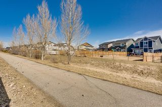 Photo 2: 1310 Kings Heights Way SE: Airdrie Detached for sale : MLS®# A1089637