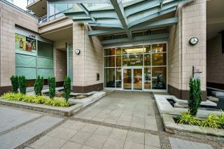 """Photo 2: 2508 2968 GLEN Drive in Coquitlam: North Coquitlam Condo for sale in """"GRAND CENTRAL II"""" : MLS®# R2603634"""