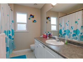 """Photo 15: 18276 69 Avenue in Surrey: Cloverdale BC House for sale in """"Cloverwoods"""" (Cloverdale)  : MLS®# R2369738"""