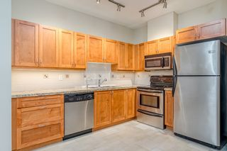 """Photo 3: 106 2511 KING GEORGE Boulevard in Surrey: King George Corridor Condo for sale in """"PACIFICA RETIREMENT RESORT"""" (South Surrey White Rock)  : MLS®# R2388617"""