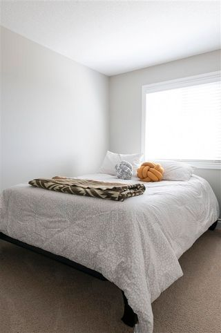 Photo 10: 7247 Armour Crescent SW in Edmonton: Zone 56 House Half Duplex for sale : MLS®# E4240443