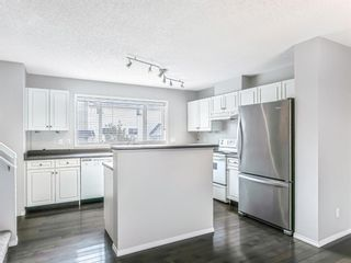 Photo 8: 271 Prestwick Acres Lane SE in Calgary: McKenzie Towne Row/Townhouse for sale : MLS®# A1142017
