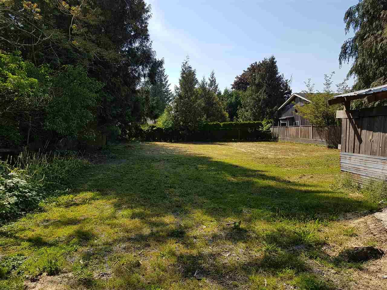 Main Photo: 5677 WALLACE Street in Abbotsford: Matsqui House for sale : MLS®# R2172497