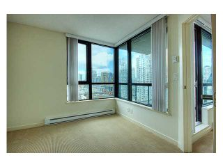 """Photo 6: # 1410 977 MAINLAND ST in Vancouver: Downtown VW Condo for sale in """"YALETOWN PARK 3"""" (Vancouver West)  : MLS®# V836705"""
