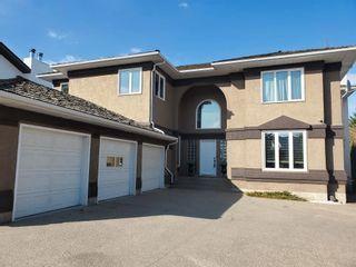 Photo 2: 112 Castle Keep in Edmonton: Zone 27 House for sale : MLS®# E4253124