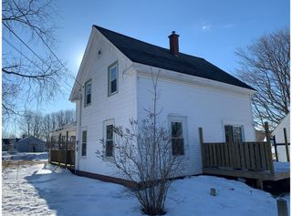 Photo 3: 1206 Maple Street in Waterville: 404-Kings County Residential for sale (Annapolis Valley)  : MLS®# 202103387
