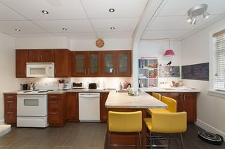 """Photo 4: 1070-80 W 15TH Avenue in Vancouver: Fairview VW House for sale in """"Fairview"""" (Vancouver West)  : MLS®# R2133883"""