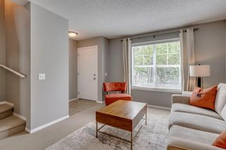 Photo 8: 385 Elgin Gardens SE in Calgary: McKenzie Towne Row/Townhouse for sale : MLS®# A1115292