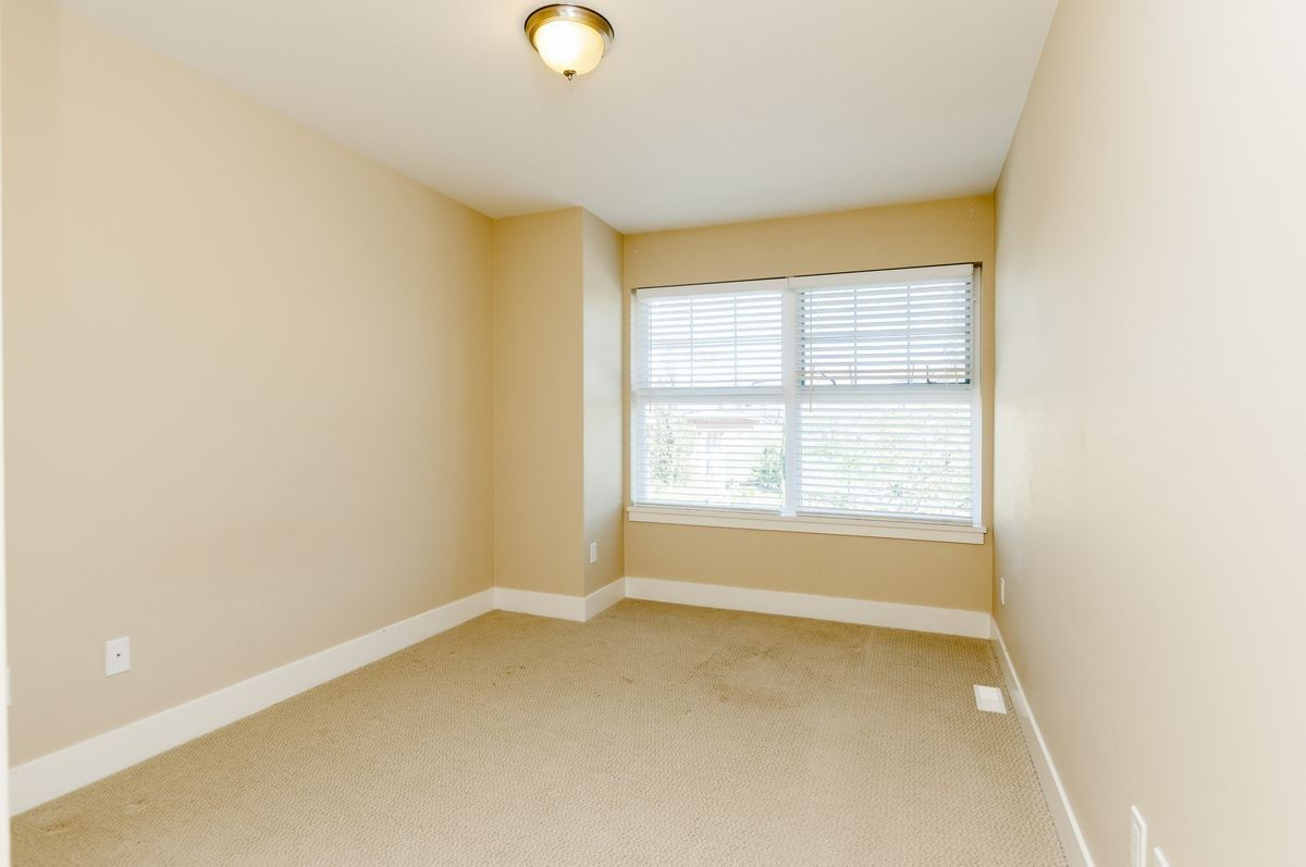 """Photo 15: Photos: 230 BROOKES Street in New Westminster: Queensborough Condo for sale in """"MARMALADE SKY"""" : MLS®# R2227359"""
