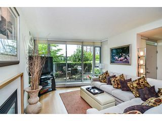 """Photo 9: 107 8 SMITHE MEWS Mews in Vancouver: Yaletown Townhouse for sale in """"THE FLAGSHIP"""" (Vancouver West)  : MLS®# V1075648"""