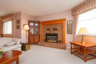Photo 10: 3 10101 Fifth St in Sidney: Si Sidney North-East Row/Townhouse for sale : MLS®# 860151