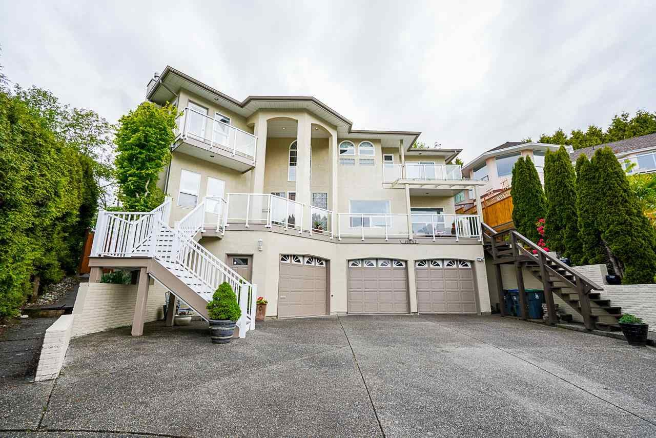 """Main Photo: 16047 8 Avenue in Surrey: King George Corridor House for sale in """"Border of White Rock/S.Surrey"""" (South Surrey White Rock)  : MLS®# R2579472"""