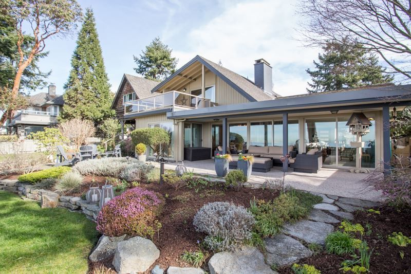 """Main Photo: 2774 O'HARA Lane in Surrey: Crescent Bch Ocean Pk. House for sale in """"Crescent Beach Waterfront"""" (South Surrey White Rock)  : MLS®# R2265834"""