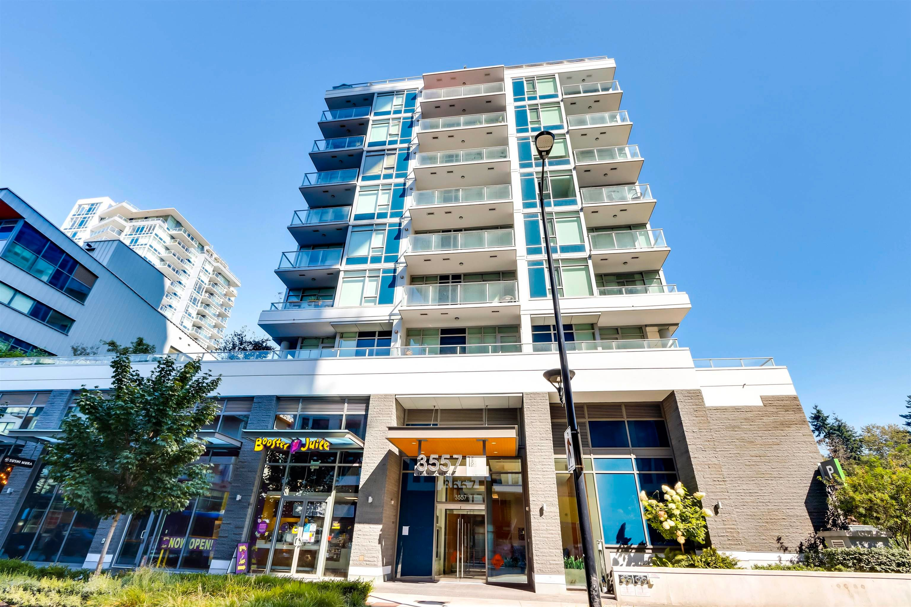"""Main Photo: 210 3557 SAWMILL Crescent in Vancouver: South Marine Condo for sale in """"WESGROUP - ONE TOWN CENTER"""" (Vancouver East)  : MLS®# R2612190"""