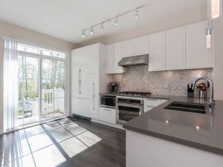 Photo 18: 33 5551 ADMIRAL Way in Delta: Neilsen Grove Townhouse for sale (Ladner)  : MLS®# R2570847