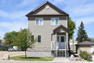 Photo 2: 201 Main Street in Vibank: Residential for sale : MLS®# SK846390