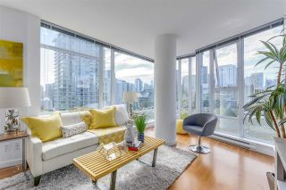 """Photo 1: 903 602 CITADEL PARADE in Vancouver: Downtown VW Condo for sale in """"SPECTRUM"""" (Vancouver West)  : MLS®# R2094812"""