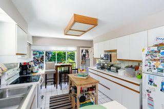 """Photo 6: 6825 HYCROFT Road in West Vancouver: Whytecliff House for sale in """"Whytecliff"""" : MLS®# R2604237"""