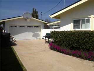 Photo 8: CLAIREMONT House for sale : 3 bedrooms : 4670 El Penon Way in San Diego