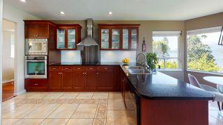 Photo 6: 6394 N GALE Avenue in Sechelt: Sechelt District House for sale (Sunshine Coast)  : MLS®# R2467349
