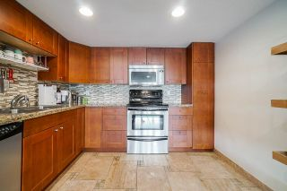 Photo 10: 74 2212 FOLKESTONE Way in West Vancouver: Panorama Village Condo for sale : MLS®# R2555777