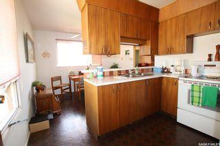 Photo 2: 481 Meighen Crescent in Saskatoon: Confederation Park Residential for sale : MLS®# SK860893