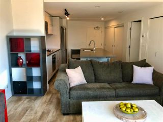 """Photo 7: 1406 108 W CORDOVA Street in Vancouver: Downtown VW Condo for sale in """"WOODWARDS W-32"""" (Vancouver West)  : MLS®# R2578411"""