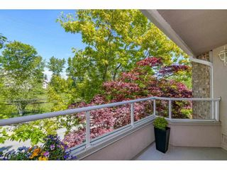 """Photo 18: 325 1952 152A Street in Surrey: King George Corridor Condo for sale in """"Chateau Grace"""" (South Surrey White Rock)  : MLS®# R2580670"""