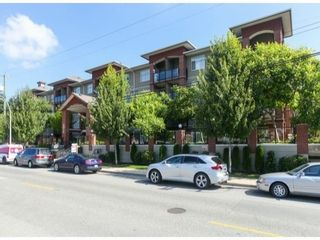 Photo 2: 310 5516 198TH Street in Langley: Home for sale : MLS®# F1421347