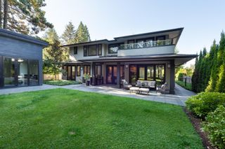 Photo 36: 3850 HILLCREST Avenue in North Vancouver: Edgemont House for sale : MLS®# R2621492