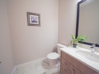 Photo 2: 944 Warbler Close in : La Happy Valley Row/Townhouse for sale (Langford)  : MLS®# 874281