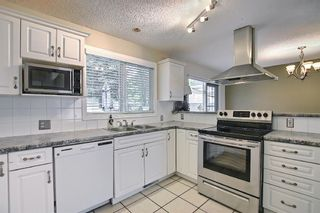 Photo 8: 635 Tavender Road NW in Calgary: Thorncliffe Detached for sale : MLS®# A1117186
