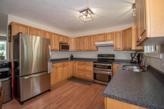 Photo 2: 1506 WALNUT Street: Telkwa House for sale (Smithers And Area (Zone 54))  : MLS®# R2602718