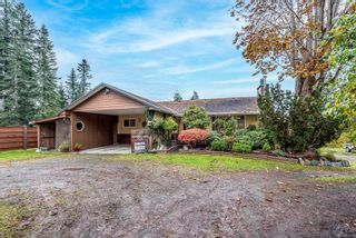 Photo 3: 1633 Douglas Rd in : CR Campbell River Central House for sale (Campbell River)  : MLS®# 868711