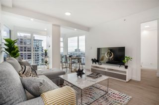 "Photo 2: 2606 939 HOMER Street in Vancouver: Yaletown Condo for sale in ""THE PINNACLE"" (Vancouver West)  : MLS®# R2555525"