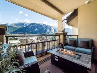 "Photo 3: 604 1211 VILLAGE GREEN Way in Squamish: Downtown SQ Condo for sale in ""Rockcliffe by Solterra"" : MLS®# R2444542"