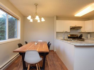 Photo 3: A 1271 MARTIN PLACE in COURTENAY: CV Courtenay City Half Duplex for sale (Comox Valley)  : MLS®# 810044