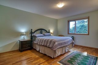Photo 16: 1212 GOWER POINT Road in Gibsons: Gibsons & Area House for sale (Sunshine Coast)  : MLS®# R2605077