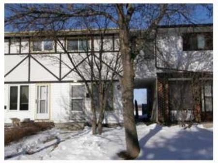 Main Photo: 179 WESTGROVE WAY: Condominium for sale (Canada)  : MLS®# 1001431