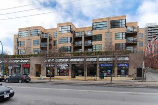 """Photo 1: 409 124 W 3RD Street in North Vancouver: Lower Lonsdale Condo for sale in """"THE VOGUE"""" : MLS®# R2245605"""