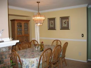Photo 4: 15825 97A Avenue: House for sale (Guildford)