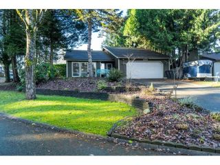 "Photo 2: 15929 102A Avenue in Surrey: Guildford House for sale in ""Somerset"" (North Surrey)  : MLS®# R2522062"