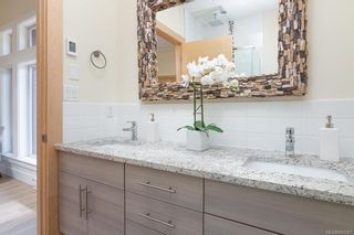 Photo 17: 402 2130 Sooke Rd in Colwood: Co Hatley Park Row/Townhouse for sale : MLS®# 842387