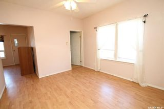 Photo 6: 834 H Avenue North in Saskatoon: Caswell Hill Residential for sale : MLS®# SK800164