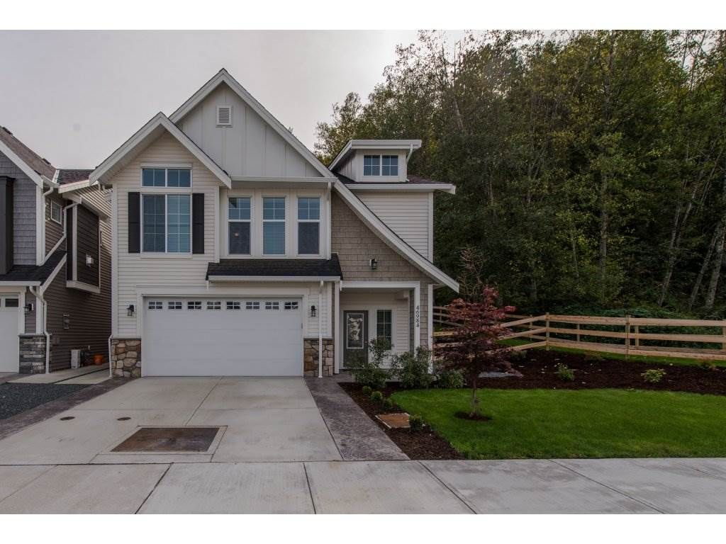 Main Photo: 46984 SYLVAN Drive in Sardis: Promontory House for sale : MLS®# R2312976