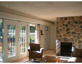 "Photo 3: 2796 WILLIAM Avenue in North_Vancouver: Lynn Valley House for sale in ""LYNN VALLEY"" (North Vancouver)  : MLS®# V758963"