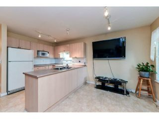 """Photo 11: 60 6533 121ST Street in Surrey: West Newton Townhouse for sale in """"STONEBRAIR"""" : MLS®# F1422677"""