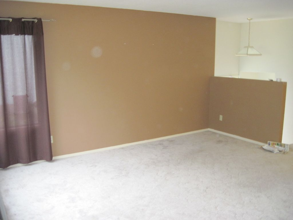Photo 2: Photos: 568 Gleneagles Dr. in Kamloops: House for sale : MLS®# 105488